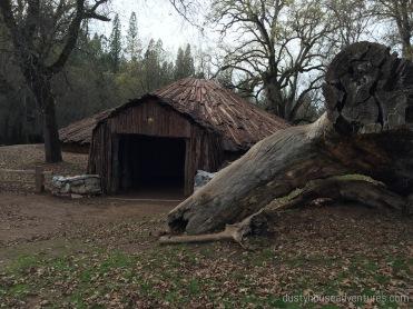 Hun'ge / roundhouse